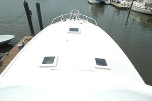 53' Hatteras 53 Convertible 1978 Foredeck