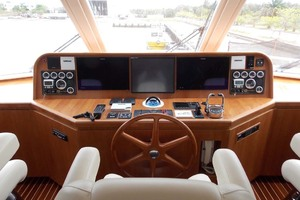 87' President 870 Tri Deck Lrc 2020  Pilothouse