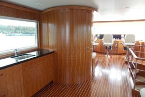 87' President 870 Tri Deck Lrc 2020  Wet Bar