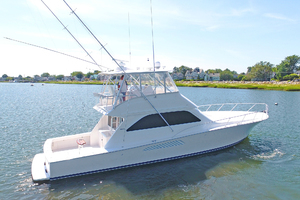 52' Viking 52 Convertible 2006 Starboard Side