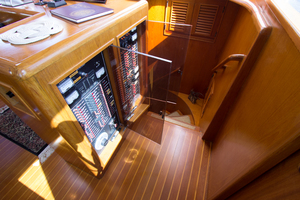 58' Offshore Yachts  1997 Forward Guest Stairway