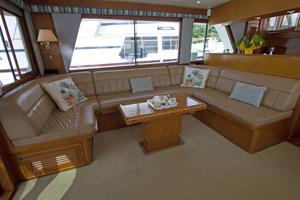 58' Offshore Yachts  1997 Salon Port