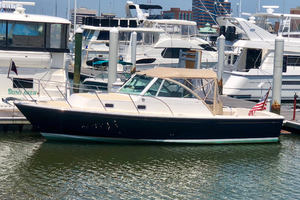 Hunt Yachts 29' Surfhunter 29 2006 Bucket