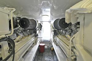56' Viking 56 Convertible 2004 Engine Room
