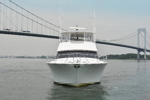 56' Viking 56 Convertible 2004 Bow