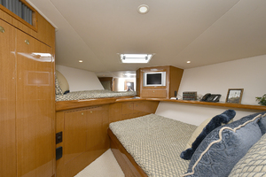56' Viking 56 Convertible With Mezzanine 2004 VIP Stateroom