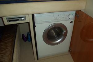53' Sunseeker Portofino 53 2006 Laundry