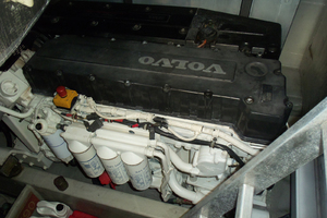 53' Sunseeker Portofino 53 2006 Port engine