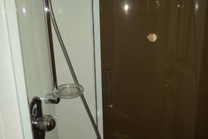 53' Sunseeker Portofino 53 2006 Master shower