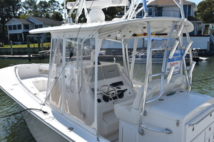 Outta Line is a Regulator 31 Yacht For Sale in Virginia Beach--77