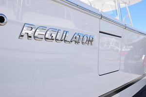 Outta Line is a Regulator 31 Yacht For Sale in Virginia Beach--46