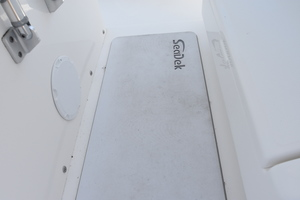 Outta Line is a Regulator 31 Yacht For Sale in Virginia Beach--29