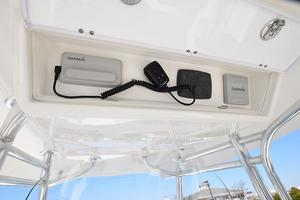 Outta Line is a Regulator 31 Yacht For Sale in Virginia Beach--9
