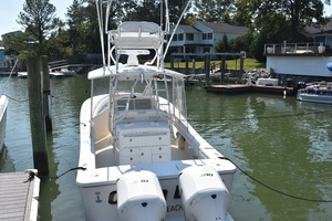 Outta Line is a Regulator 31 Yacht For Sale in Virginia Beach--12