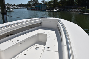 Outta Line is a Regulator 31 Yacht For Sale in Virginia Beach--52
