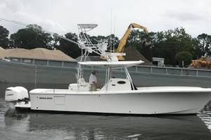 Outta Line is a Regulator 31 Yacht For Sale in Virginia Beach--5