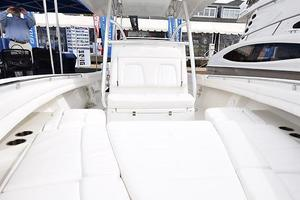 Outta Line is a Regulator 31 Yacht For Sale in Virginia Beach--81