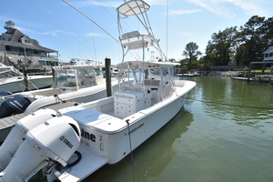 Outta Line is a Regulator 31 Yacht For Sale in Virginia Beach--2