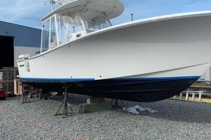 Outta Line is a Regulator 31 Yacht For Sale in Virginia Beach--82