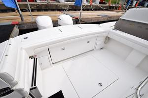 Outta Line is a Regulator 31 Yacht For Sale in Virginia Beach--47