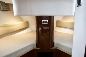 44' Four Winns H440 2015 Forward Stateroom