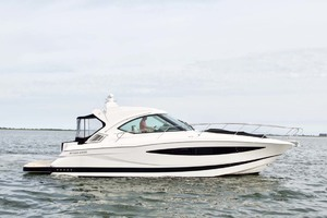 44' Four Winns H440 2015 Starboard