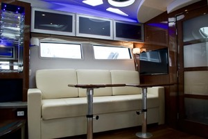 44' Four Winns H440 2015 Salon Settee