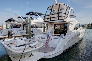 52' Sea Ray 52 Sedan Bridge 2007 Hydraulic Lift