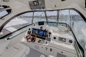52' Sea Ray 52 Sedan Bridge 2007 New Garmin Electronics