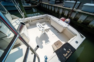 Rumor Has It is a Albemarle 360 Express Fisherman Yacht For Sale in CHINCOTEAGUE--13