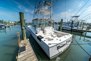 Rumor Has It is a Albemarle 360 Express Fisherman Yacht For Sale in CHINCOTEAGUE--3