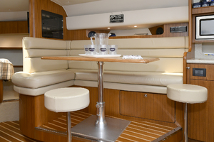 Tiara 3800 Open-2003-Catch 22 Oyster Bay-New York-United StatesDinette 1224927 thumb
