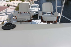 52' Viking 52 Convertible 2002 Helm Chairs With Cushions
