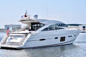 72' Princess V72 2013 Starboard