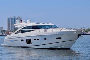 72' Princess V72 2013 StarboardProfile