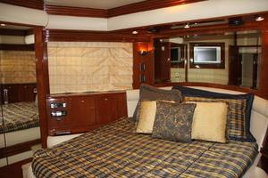 65' Marquis 65 Motor Yacht Skylounge 2006 VIP Stateroom