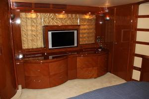 65' Marquis 65 Motor Yacht Skylounge 2006 Master Stateroom 32