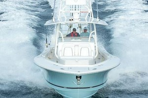 Fair Catch is a Regulator 41 Center Console Yacht For Sale in MANTEO--35