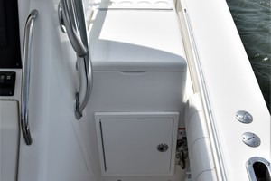 Reel Dirty is a Regulator 34SS Center Console Yacht For Sale in Beaufort--15