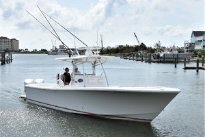 Reel Dirty is a Regulator 34SS Center Console Yacht For Sale in Beaufort--37