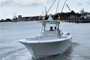 Reel Dirty is a Regulator 34SS Center Console Yacht For Sale in Beaufort--36