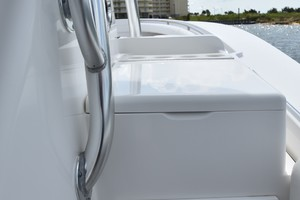 Reel Dirty is a Regulator 34SS Center Console Yacht For Sale in Beaufort--16