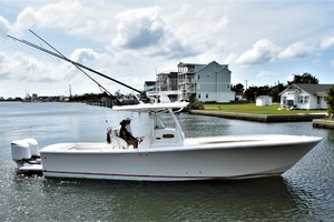 Reel Dirty is a Regulator 34SS Center Console Yacht For Sale in Beaufort--38