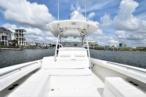 Reel Dirty is a Regulator 34SS Center Console Yacht For Sale in Beaufort--21
