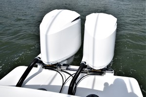 Reel Dirty is a Regulator 34SS Center Console Yacht For Sale in Beaufort--46