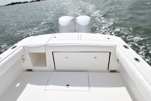 Reel Dirty is a Regulator 34SS Center Console Yacht For Sale in Beaufort--26