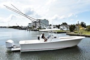 Reel Dirty is a Regulator 34SS Center Console Yacht For Sale in Beaufort--39