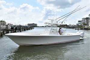 Reel Dirty is a Regulator 34SS Center Console Yacht For Sale in Beaufort--41