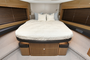 Princess 52 Flybridge-2017 -Staten Island-New York-United StatesVIP Stateroom  1239267 thumb