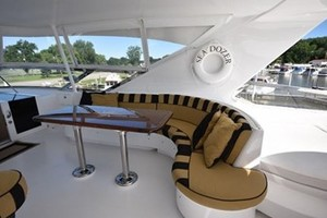 SEA DOZER is a Hatteras 80 Motoryacht Yacht For Sale in Jupiter--39